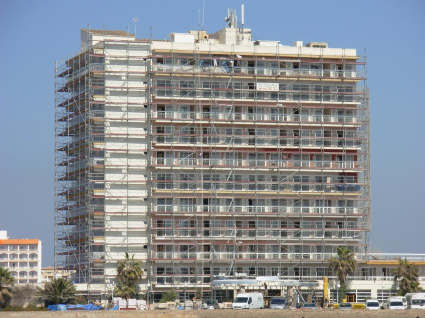 http://www.munditubo.com/images/thumbs/848-636/07_10_1610_59_09Hotel_Sur.JPG